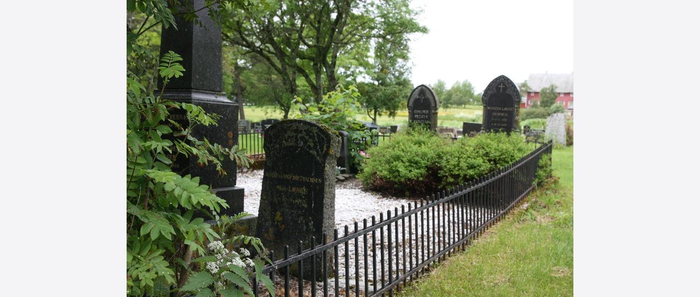 Familiegravsted. Bodin kirkegård. Foto: Asplan Viak