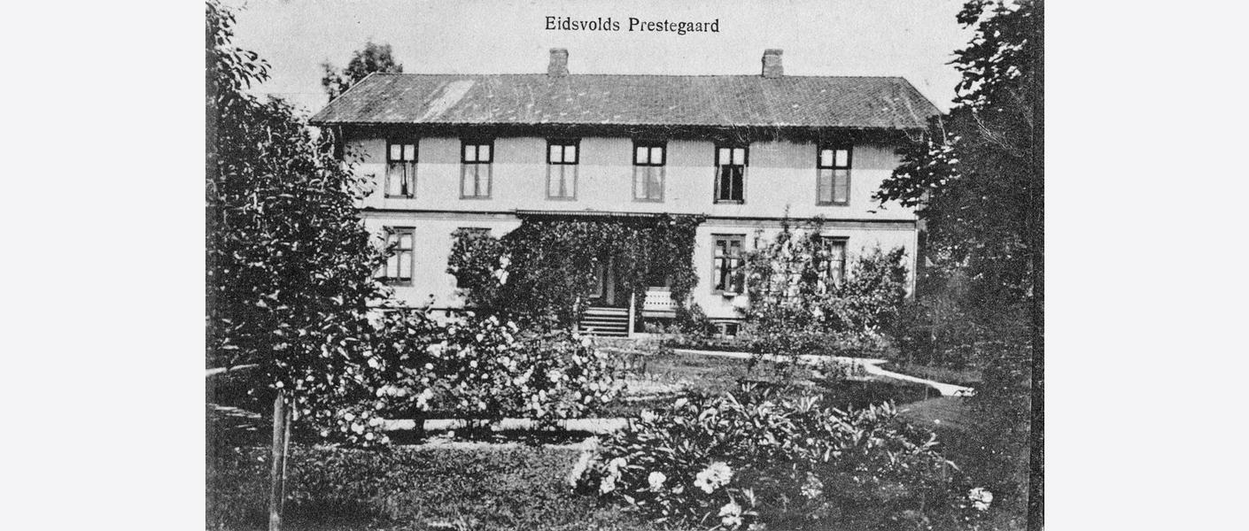 Eidsvoll prestegård 1920-40.