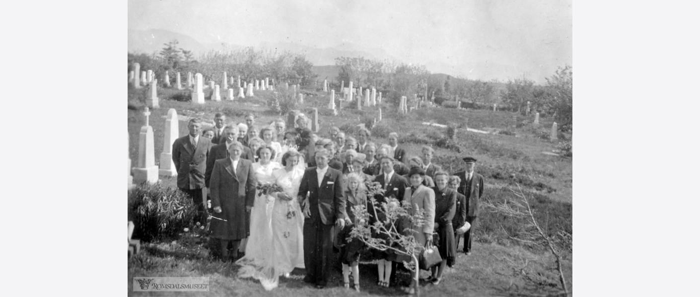 Innhente historisk kildemateriale. Foto: Harøya ca. 1945-1950, Romsdalsmuseet