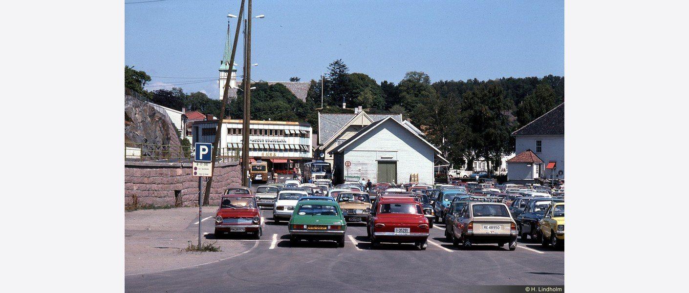 Jernbanekaia 1976. Foto: Digitalt museum