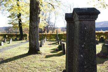 Ny og tidsmessig bevaringsplan for Bryn kirkegård