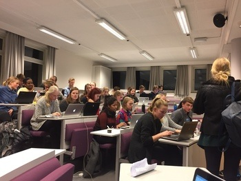 Engasjerte NTNU-studenter i Missing Maps-mapathon