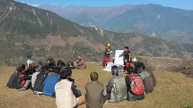 Ingeniører Uten Grenser på feltarbeid i Nepal med Utviklingsfondet. Foto: Ingeniører uten Grenser.