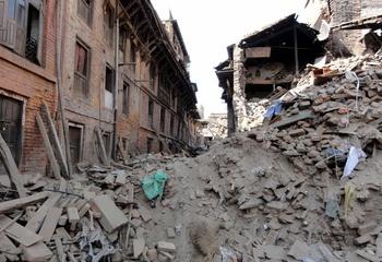 Når katastrofen rammer / Jordskjelvrammet by i Nepal 2015. Foto: Seán Sweeney / Asplan Viak