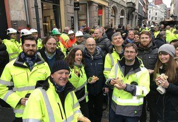 Høytidelig åpning av Prinsens gate / Stolte bidragsytere fra Asplan Viak deltok på åpningen av Prinsens gate. Foto: Asplan Viak
