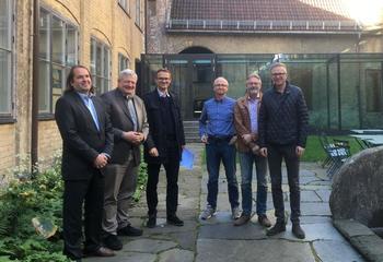 Asplan Viak Internet med ny storkontrakt / Fra venstre: Robert Tenold (Acando), Tor Gunnar Øverli (Asplan Viak Internet), Harald Borgø, John Morgen Klingsheim, Michael Trones og Harald Åsheim (Kystverket).