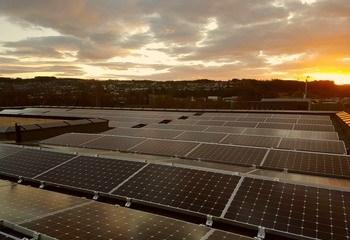 Asplan Viak er RIM for det nye N-bygget på NTNU Gjøvik / Solceller på taket. Foto: Asplan Viak