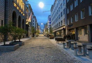 Asplan Viak har rehabilitert Øvre Slottsgate / Nyrehabiliterte Øvre Slottsgate åpner lørdag 31. august med nylagte, 100 år gamle brostein. Foto: Asplan Viak