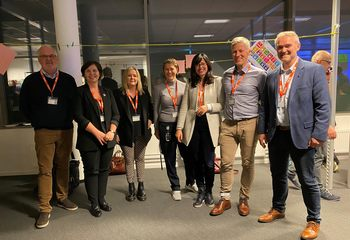 Asplan Viak partner i FNs nye framtidslab / Fra venstre Rolf Marstein (COWI), Frøy Walberg Sandness (COWI), Renate Giske (Asplan Viak), Siv Sundgot (Norconsult), Kari Aina Eik (U4SSC), Geir Egilsson (Asplan Viak), Arne Grim Maurstad (Norconsult). Foto: Asplan Viak