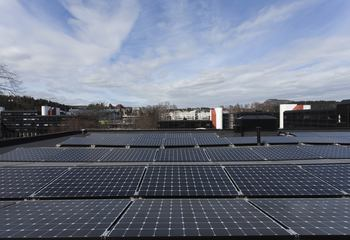 Rekordvekst i norsk solkraftmarked / Solenergimarkedet har hatt rekordøkning viser en ny rapport fra Solenergiklyngen. Foto: Chris Aadland